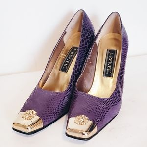 Vintage high heels with gold toe